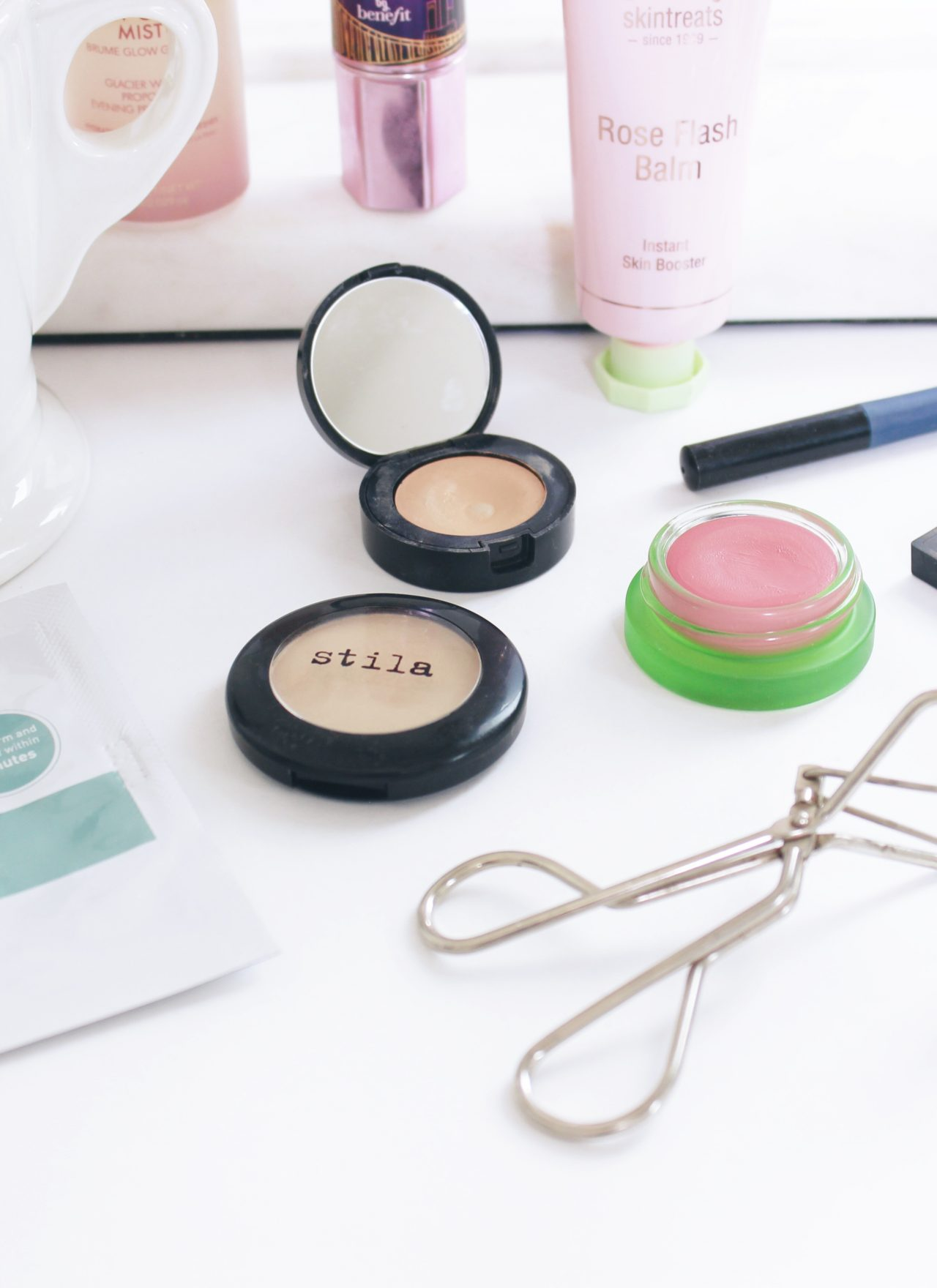 MAKEUP TIPS TO LOOK MORE AWAKE | MAKEUP FOR TIRED EYES | MAKEUP FOR DARK CIRCLES | MAKEUP FOR TIRED MOMS | HOW TO LOOK AWAKE IN THE MORNING | HOW TO LOOK AWAKE WITH NO SLEEP | #tiredeyes #awakemakeup #howtolookawake #howtolooklesstired
