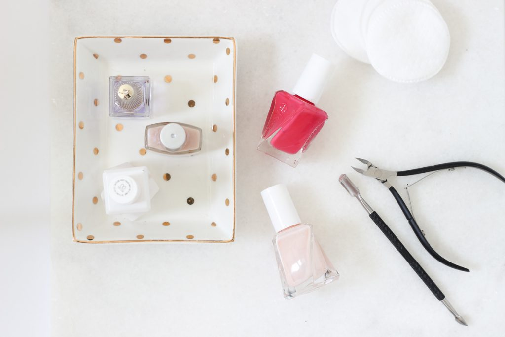 The Best Products for a Perfect at-home manicure. In this post I share the best products and tips to get a perfect manicure at home   manicure tips, at home manicure, DIY manicure, tips, soak how to get, gel, natural, steps, best products, easy, shellac, tools, beauty