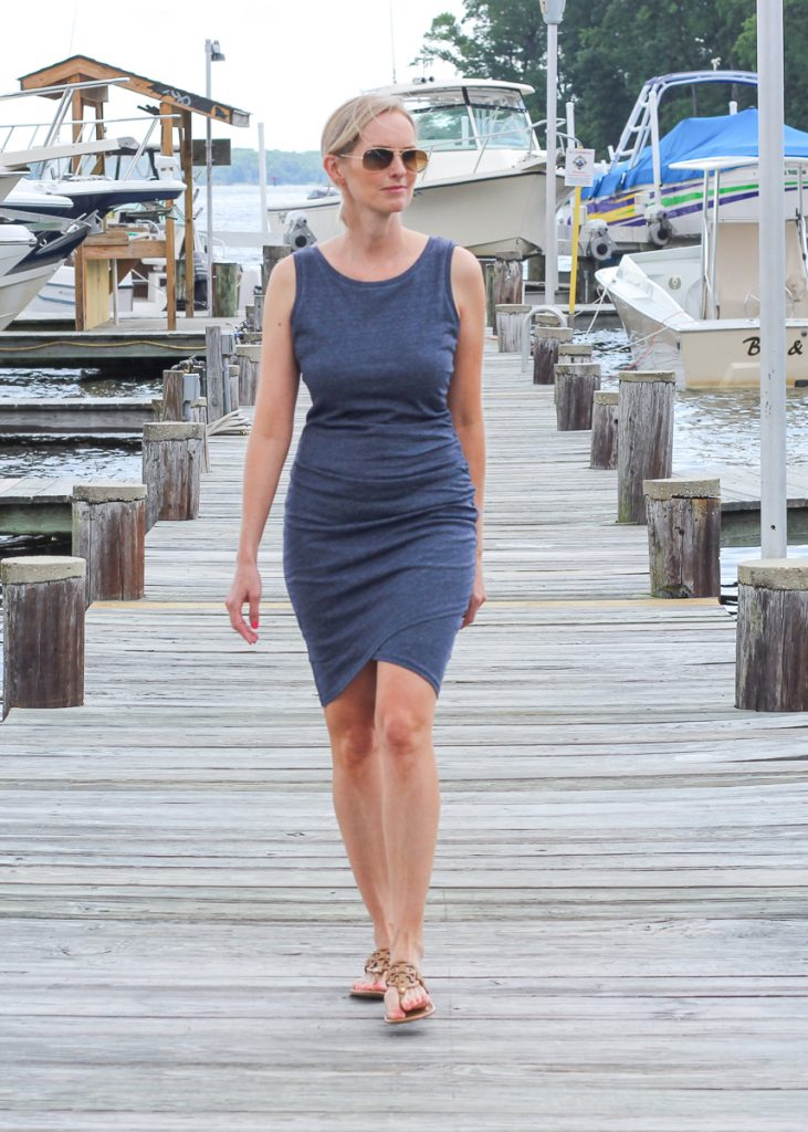 THE MUST-HAVE DRESS YOU SHOULD HAVE IN YOUR CLOSET | FALL OUTFIT IDEAS, VERSATILE, TRAVEL,FLATTERING, FALL WARDROBE INSPIRATION,PERFECT DRESS