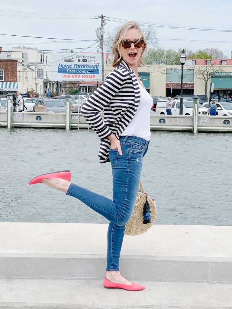THE PERFECT SPRING BLAZER   I am sharing the perfect spring blazer, perfect for work paired with dress pants, or with denim for a casual lunch date. The stripes add a fresh spin to a classic style and the cozy sweater material keeps you warm on chilly days.  It is a perfect combo of chic and makes the perfect spring outfit idea. #springoutfit #outfitidea #realoutfit #over40 #styleover40 #over40style #fashionover40 #shopstyle #momoutfit #sweaterblazer