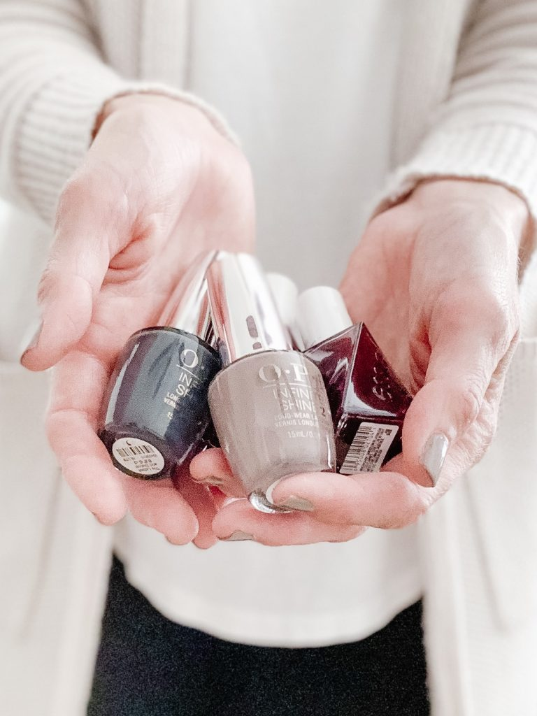 MY FAVORITE NAIL POLISH SHADES FOR FALL 2019 | I am sharing my favorite nail polish shades for Fall 2019, including some deep reds, sophisticated plums, velvety greys and universally flattering neutrals.