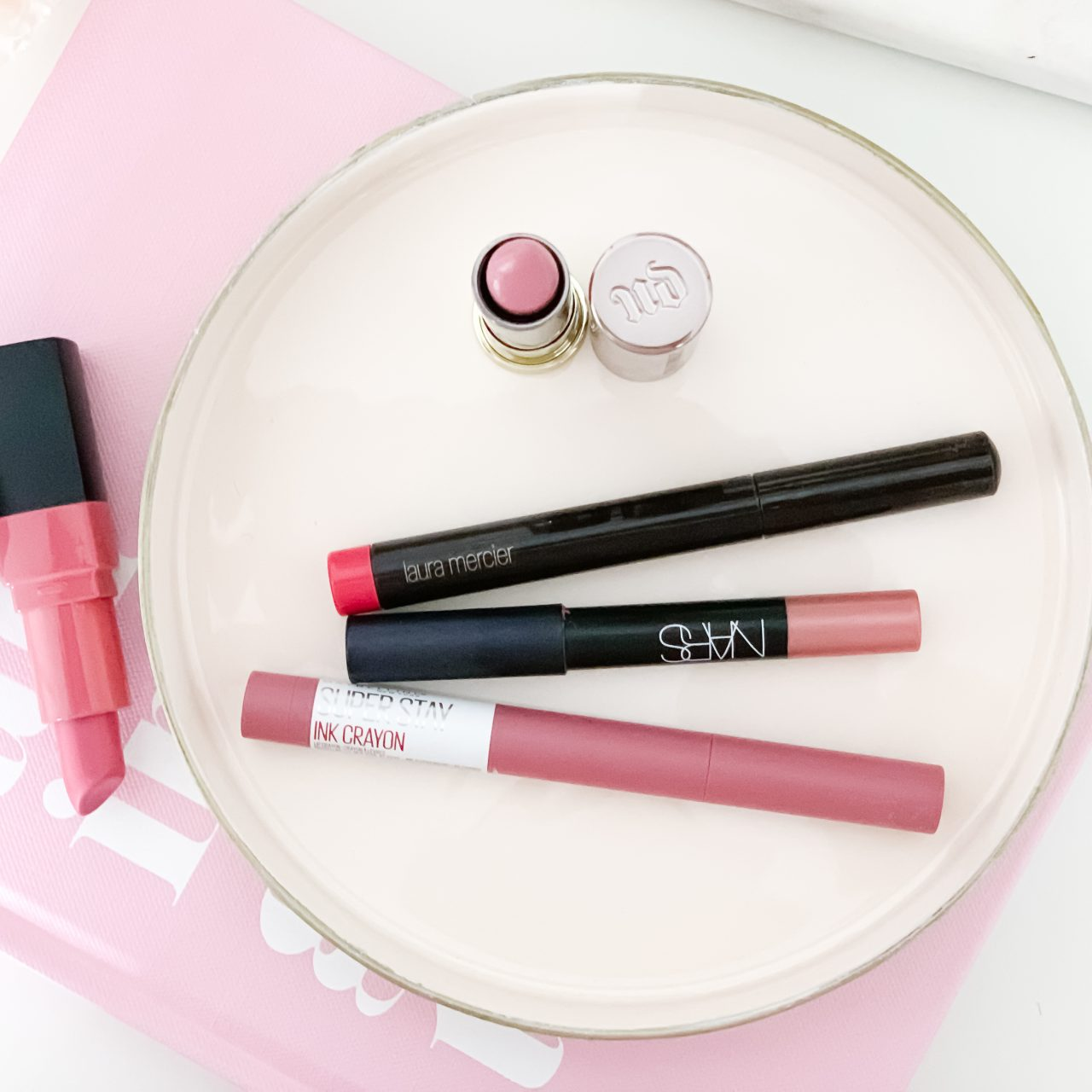 MY FIVE FAVORITE LIPSTICKS FOR FALL