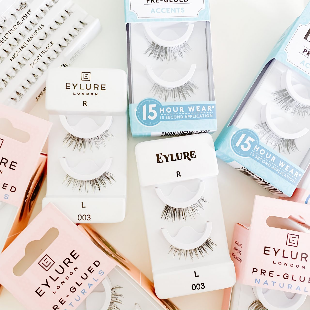 THE EASIEST WAY TO APPLY FALSE LASHES