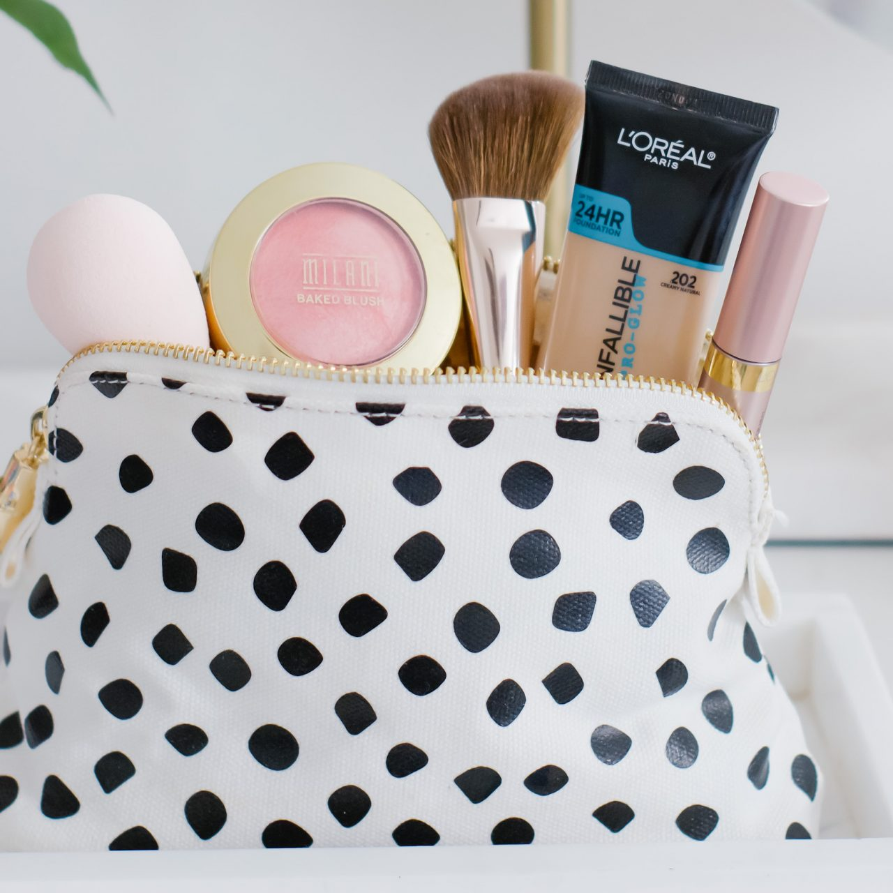 THE BEST DRUGSTORE MAKEUP PRODUCTS FOR WOMEN 40+