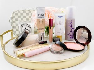 HOLY GRAIL MAKEUP PRODUCTS THAT WILL HELP YOU LOOK AMAZING | I am sharing my favorite, holy grail makeup must-haves the blog today